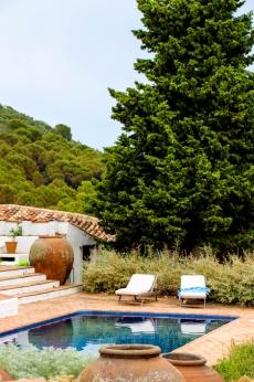 Una de las piscinas rodeadas de paz.