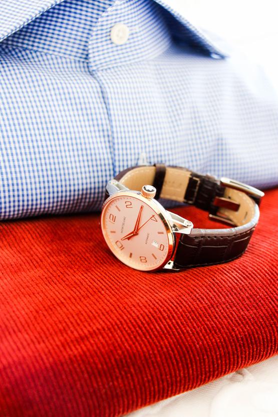 Para viajar elijo: camisa HACKETT, reloj MONTBLANC...