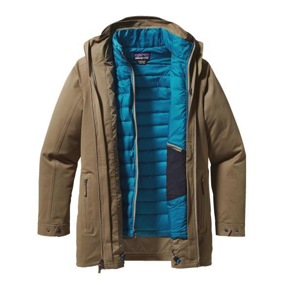 Abrigo versátil y liviano de PATAGONIA (550 €).