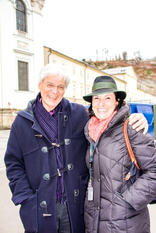 Esperanza Peréz de la Maza y el profesor Dr. Walter Smerling, una eminencia en el Mozarteum.