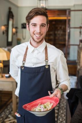 El camarero más encantador.