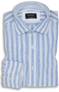Camisa de lino con 3 botones, MIRTO, 115 €.