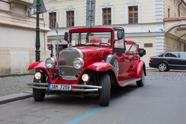 Nuestro coche en Praga.