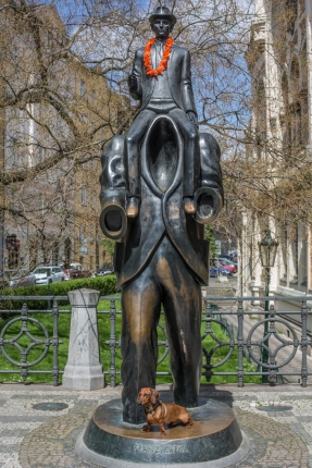 El monumento a Franz Kafka.