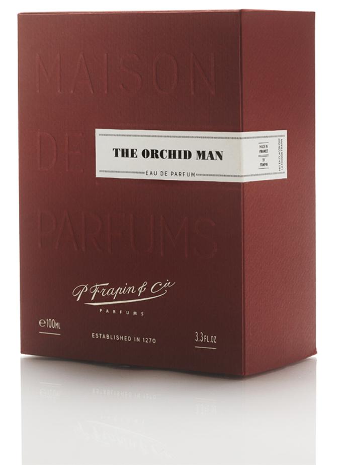 Packaging importante y elegante que recuerda a las antiguas cajas de cigarros.