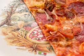 De aperitivo, una rica pizza.