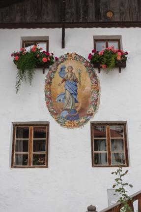 Detalles de la casa tirolesa.