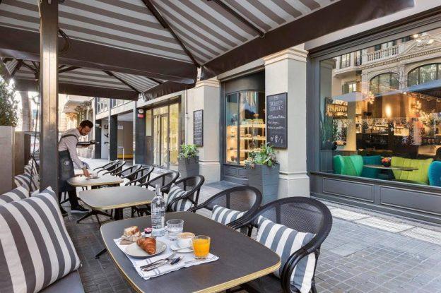 Terraza del Café Jaime Beriestain.