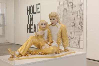 """Michael Jackson and Bubbles"" Jeff Koons, 1988; Museo de Astrup Fearnley."