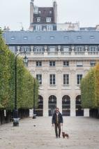 Instantánea tomada bajo el cielo de París.